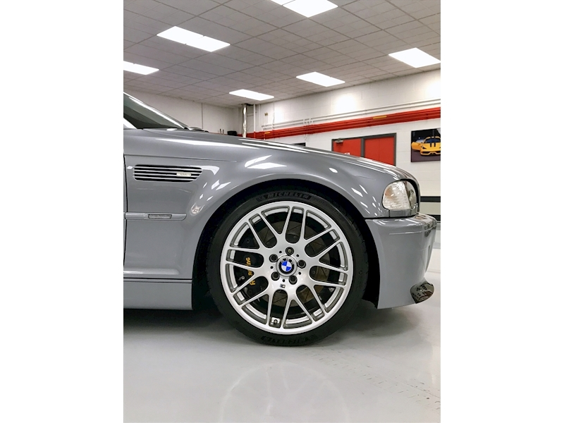 BMW M3 CSL - 1 of 422 UK Cars - Large 8