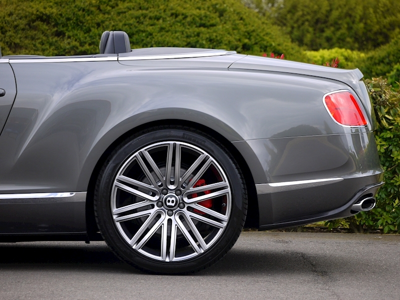 Bentley Continental GTC Speed 6.0 W12 - Large 2