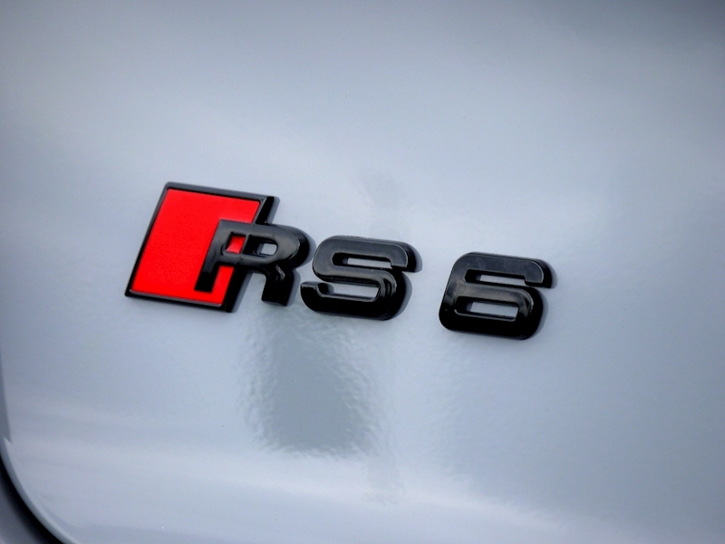 Audi RS6 Performance 4.0 TFSI Quattro - Large 36
