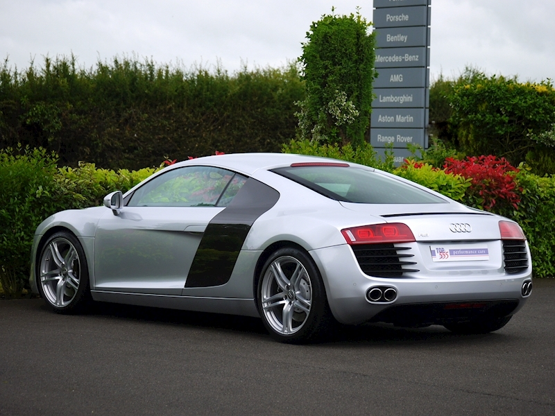 Audi R8 Coupe 4.2 Quattro - Manual - Large 13