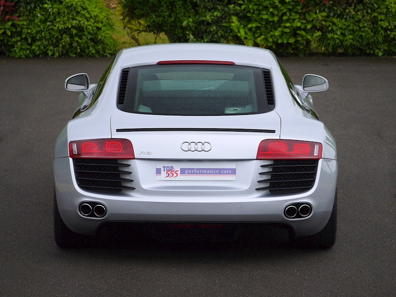 Audi R8 Coupe 4.2 Quattro - Manual - Large 17