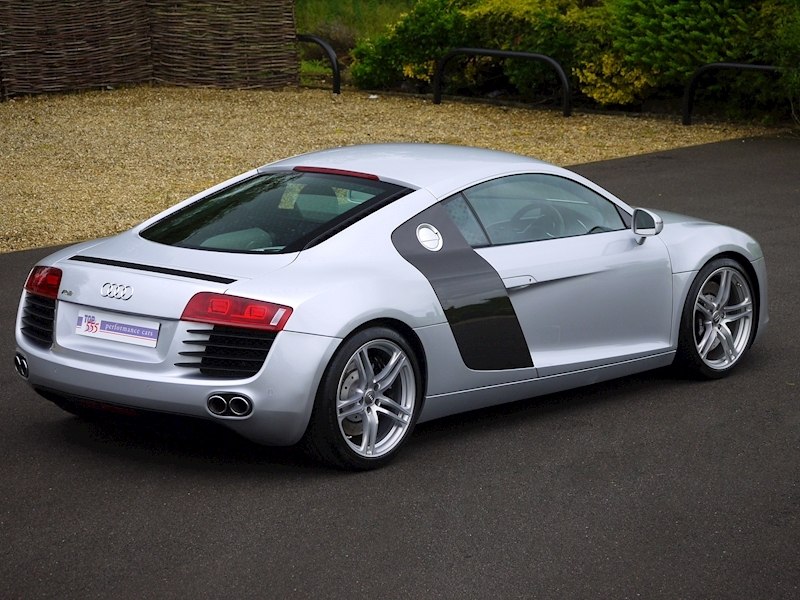 Audi R8 Coupe 4.2 Quattro - Manual - Large 18