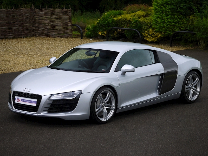 Audi R8 Coupe 4.2 Quattro - Manual - Large 24