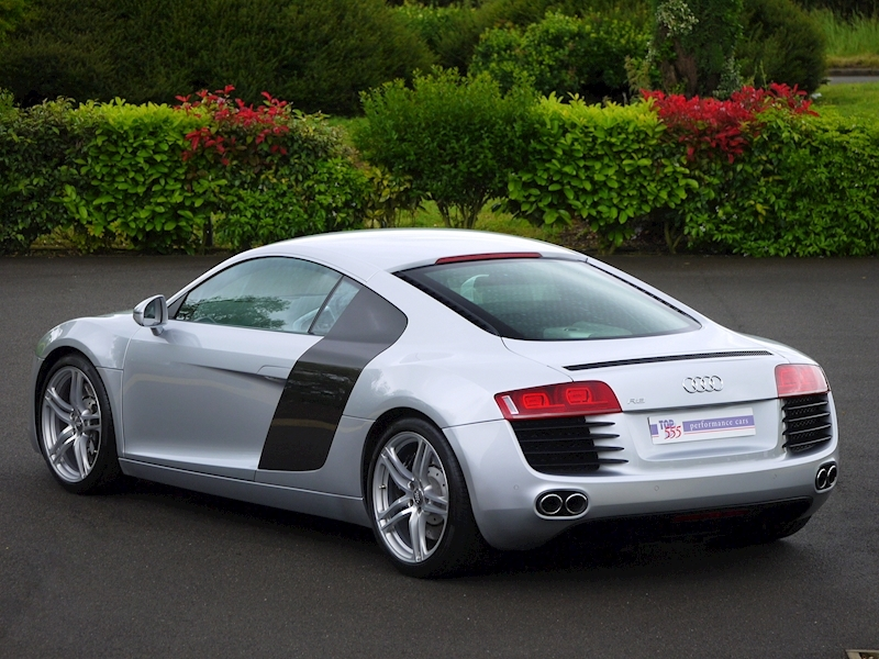 Audi R8 Coupe 4.2 Quattro - Manual - Large 34