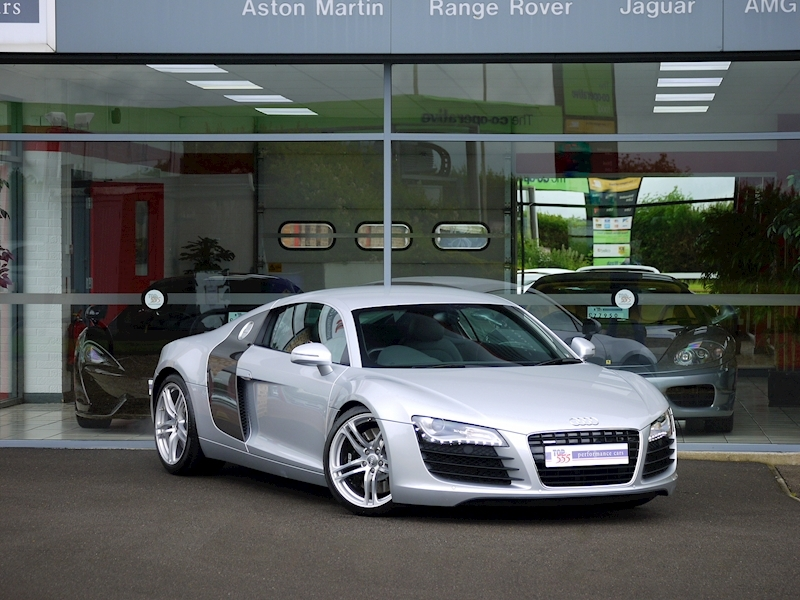 Audi R8 Coupe 4.2 Quattro - Manual - Large 35