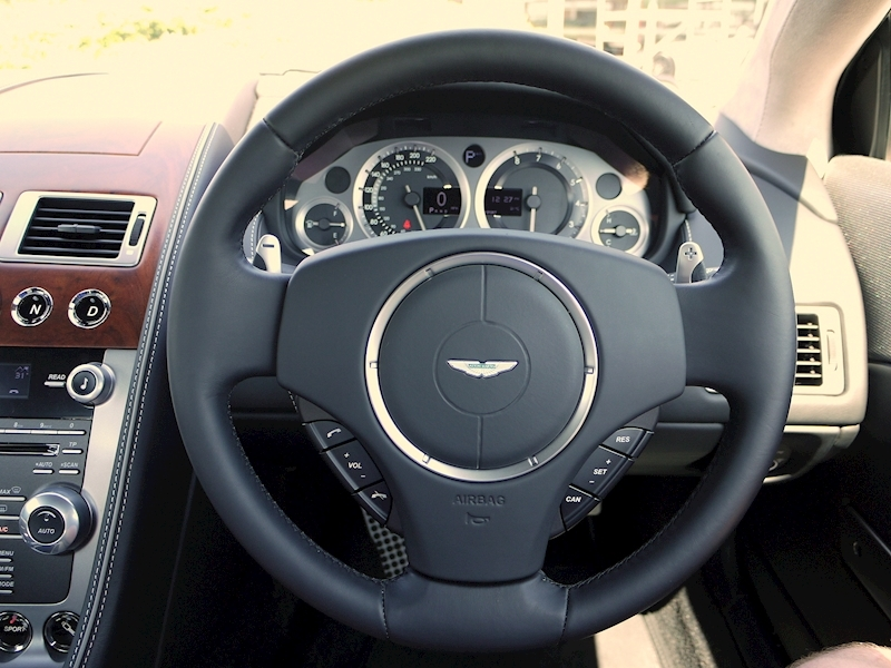 Aston Martin DB9 V12 Coupe 2+2  - Touchtronic 2 - Large 29