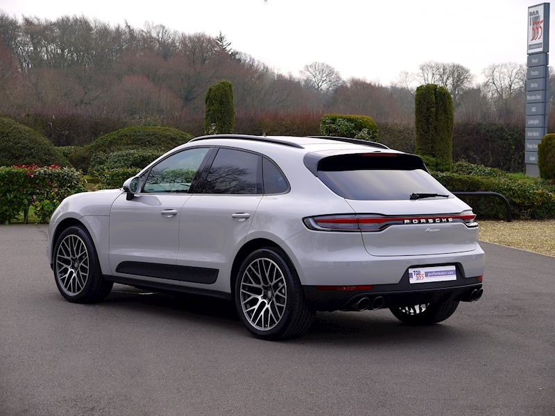 Porsche MACAN 2.0 PDK - New Model - Large 26