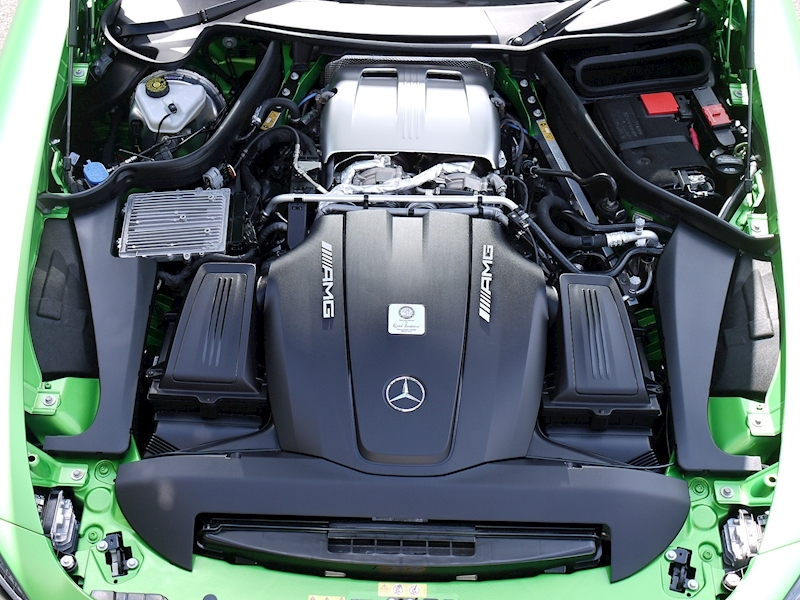 Mercedes-Benz AMG GT R (Premium) 4.0 Coupe - Large 28