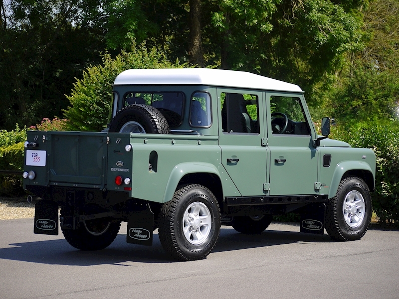 Land Rover Defender 110 XS 2.2D Crew-Cab Pickup - Large 6