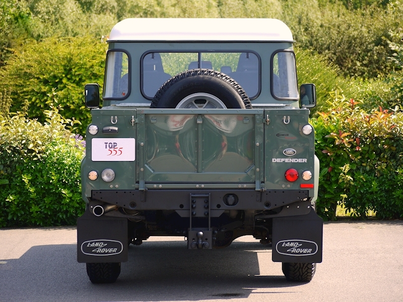 Land Rover Defender 110 XS 2.2D Crew-Cab Pickup - Large 16