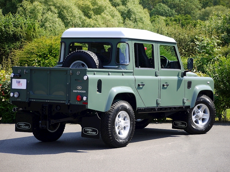 Land Rover Defender 110 XS 2.2D Crew-Cab Pickup - Large 18