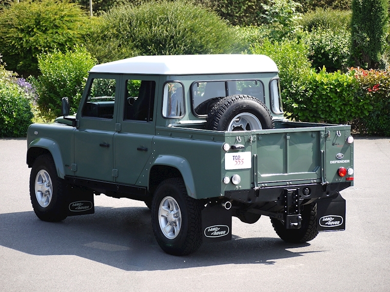 Land Rover Defender 110 XS 2.2D Crew-Cab Pickup - Large 23