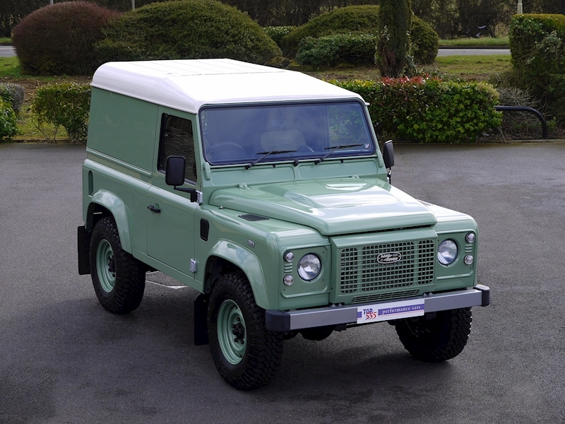 Land Rover Defender 90 'Heritage Edition' Hard Top - Large 0