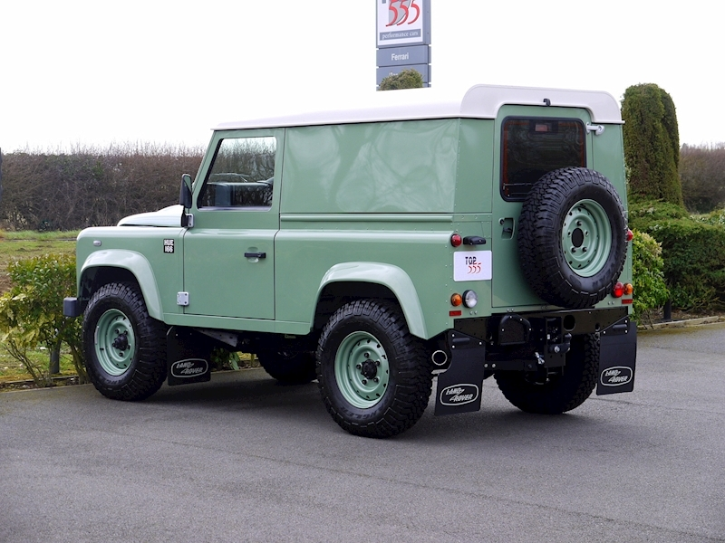 Land Rover Defender 90 'Heritage Edition' Hard Top - Large 5