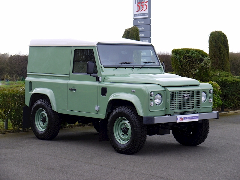 Land Rover Defender 90 'Heritage Edition' Hard Top - Large 11