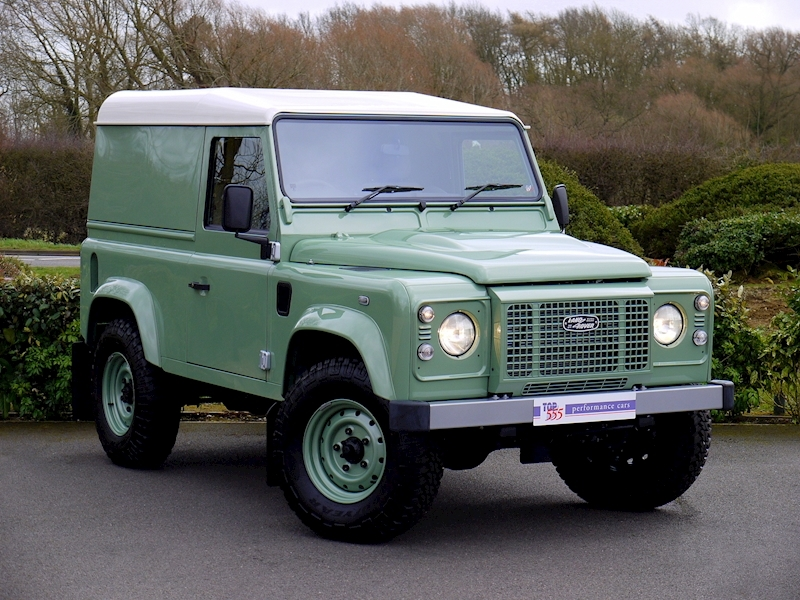 Land Rover Defender 90 'Heritage Edition' Hard Top - Large 23