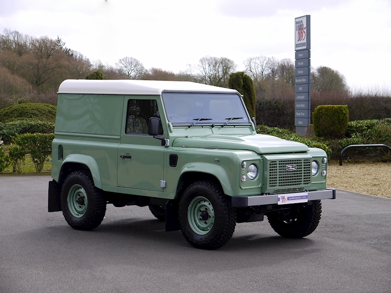 Land Rover Defender 90 'Heritage Edition' Hard Top - Large 24