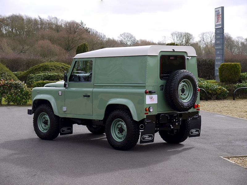 Land Rover Defender 90 'Heritage Edition' Hard Top - Large 25