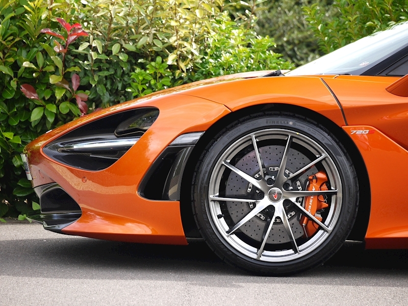 Mclaren 720S Performance - Large 8