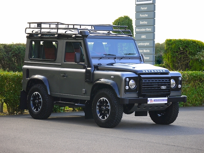 Land Rover Defender 90 Adventure Edition - 1 of 600 - Large 18