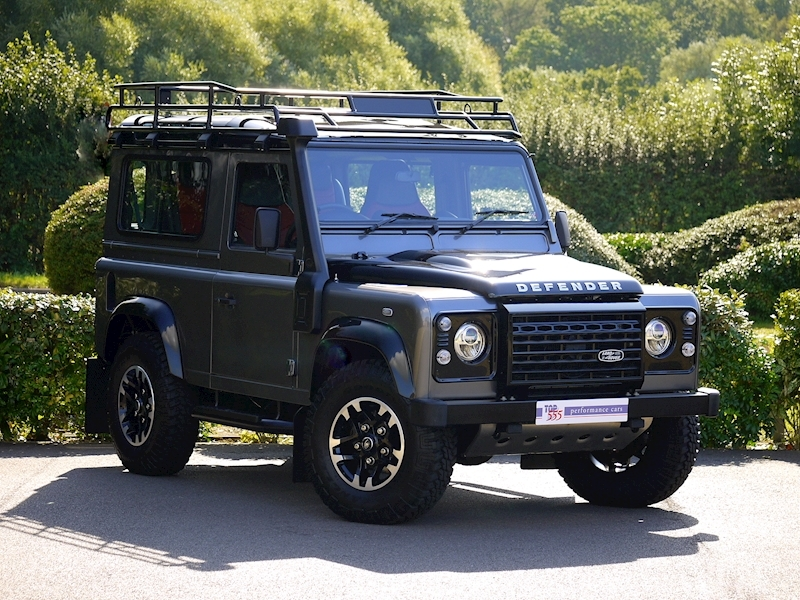 Land Rover Defender 90 Adventure Edition - 1 of 600 - Large 22