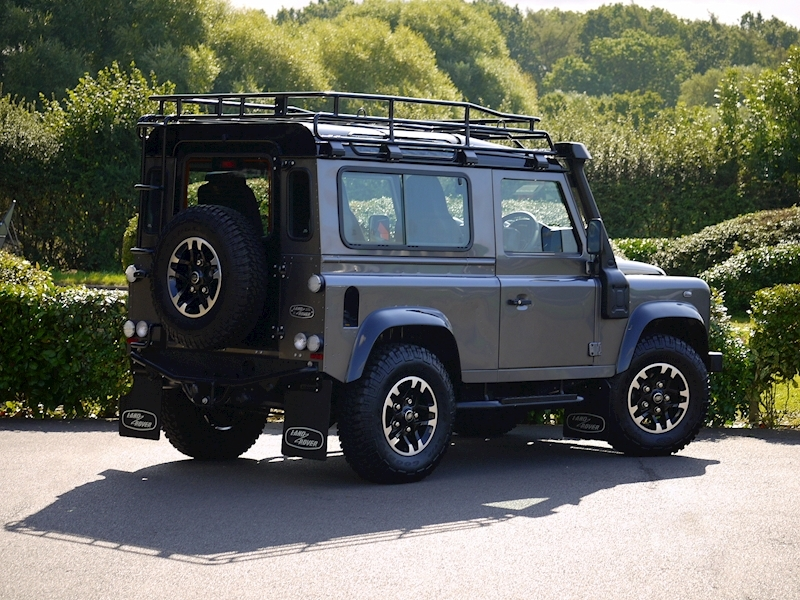 Land Rover Defender 90 Adventure Edition - 1 of 600 - Large 23