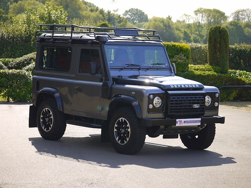 Land Rover Defender 90 Adventure Edition - 1 of 600 - Large 29