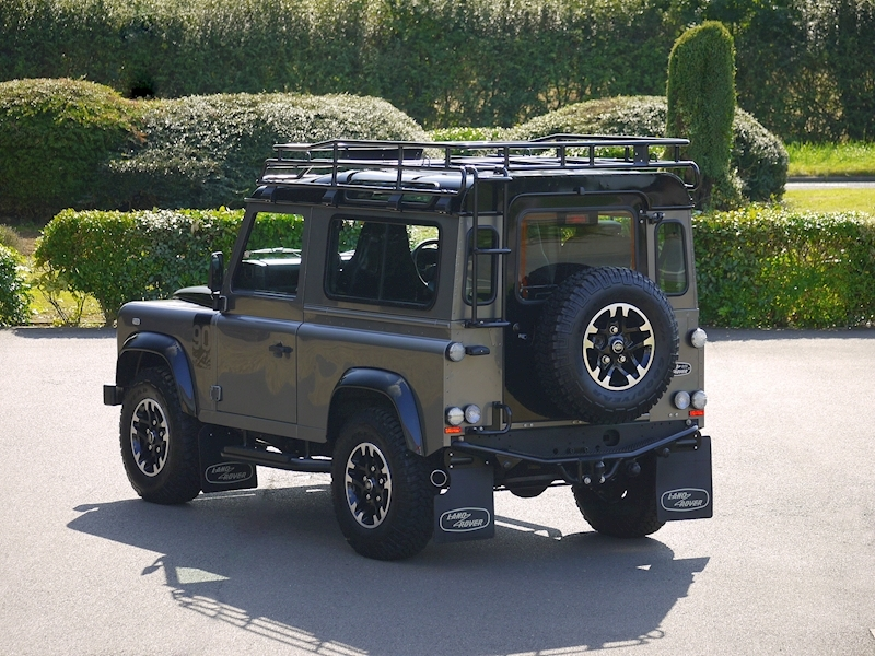 Land Rover Defender 90 Adventure Edition - 1 of 600 - Large 30