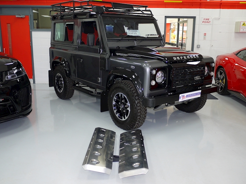Land Rover Defender 90 Adventure Edition - 1 of 600 - Large 33