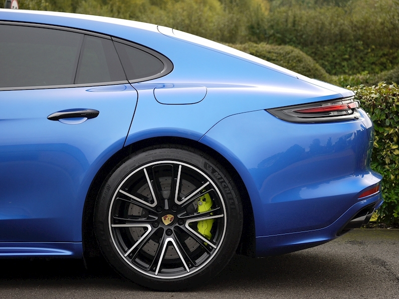 Porsche Panamera Turbo S E-Hybrid Executive PDK - Large 3