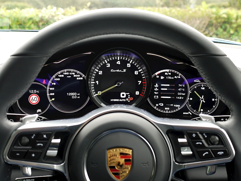 Porsche Panamera Turbo S E-Hybrid Executive PDK - Large 40
