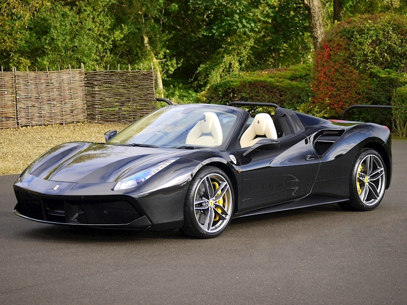 Ferrari 488 Spider - Large 22