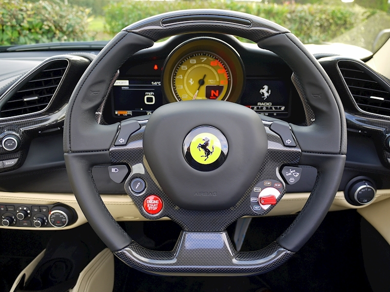 Ferrari 488 Spider - Large 27