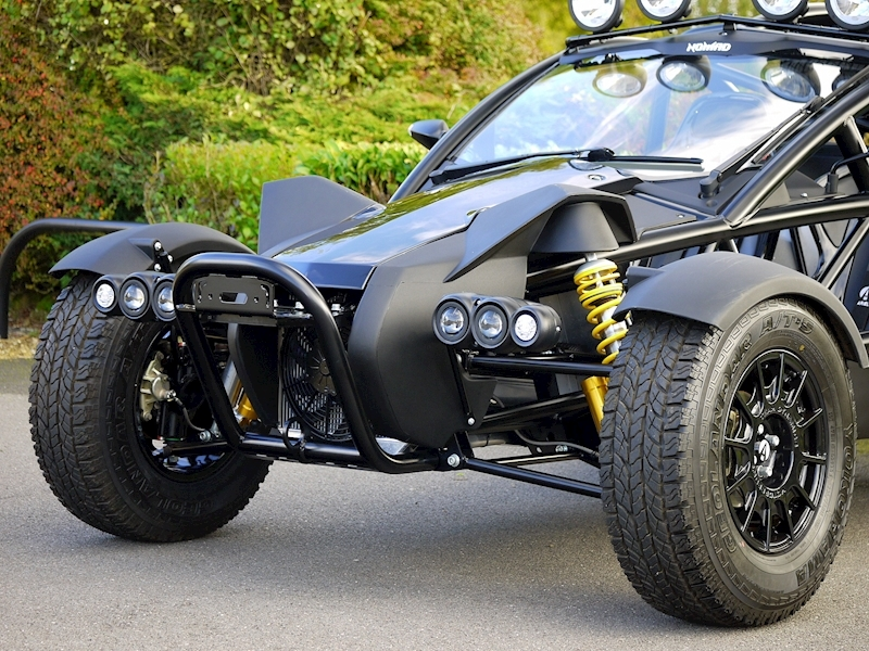 Ariel Nomad 300 Supercharged - Large 16