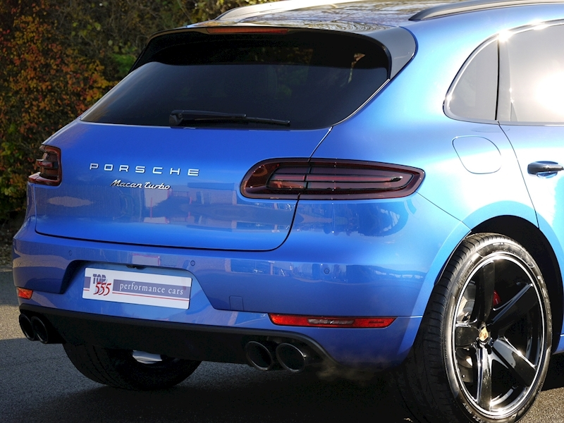 Porsche Macan Turbo with Performance Package 3.6 PDK - Large 12