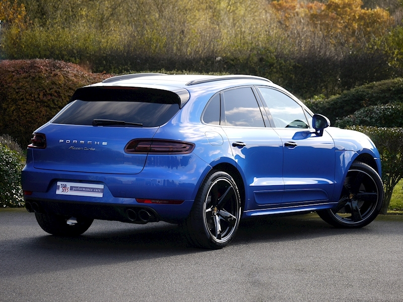 Porsche Macan Turbo with Performance Package 3.6 PDK - Large 23