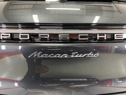 Porsche Macan Turbo PDK - New Model