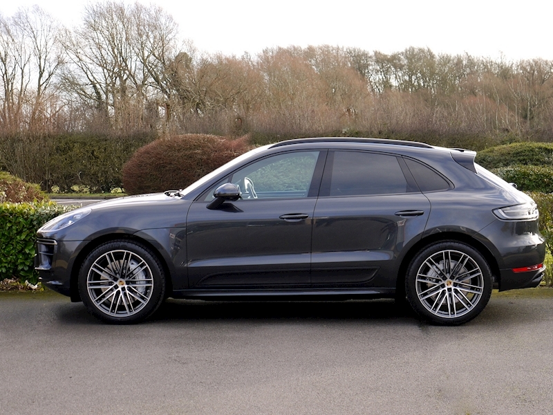 Porsche Macan Turbo PDK - New Model - Large 2