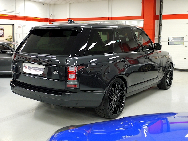 Land Rover Range Rover 4.4 SDV8 Autobiography Black Pack - Large 6