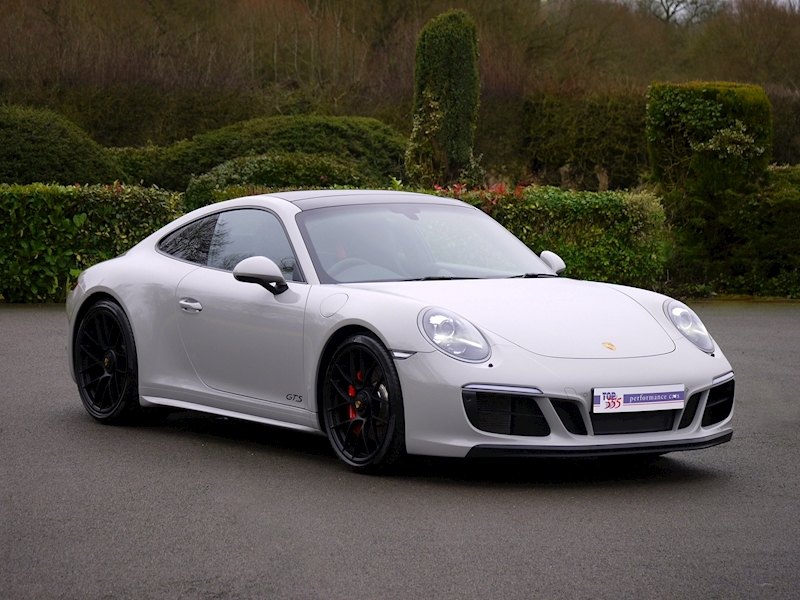 Porsche 911 (991.2) Carrera 4 GTS Coupe 3.0 PDK - Large 35