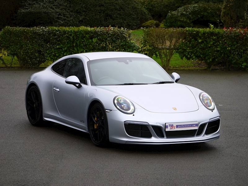 Porsche 911 (991.2) Carrera 4 GTS Coupe 3.0 PDK - Large 0