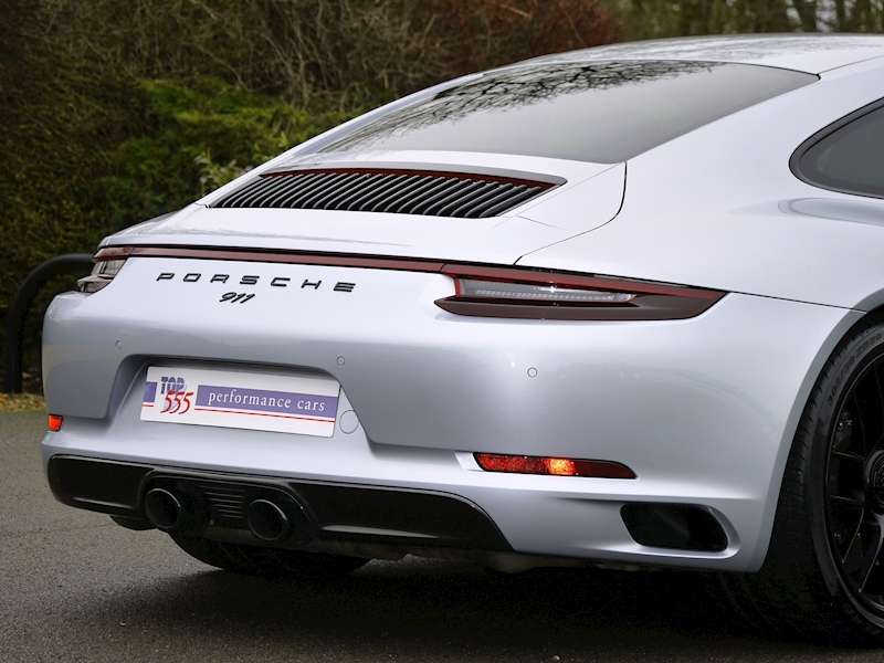 Porsche 911 (991.2) Carrera 4 GTS Coupe 3.0 PDK - Large 13