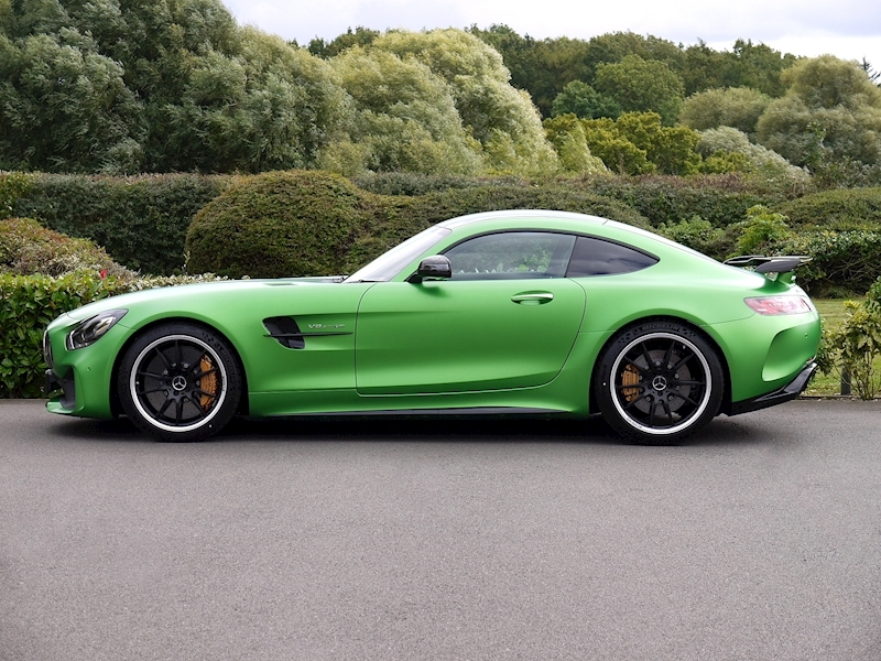 Mercedes-Benz AMG GT R (Premium) 4.0 Coupe - Large 3