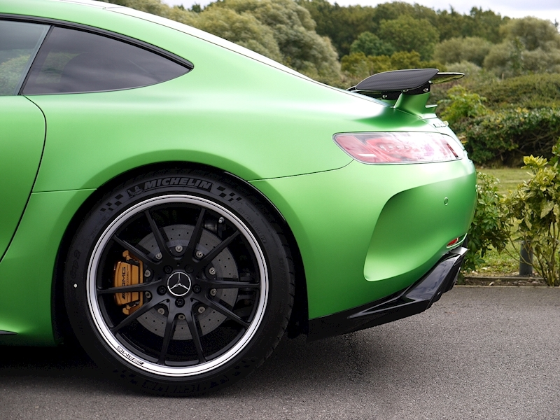 Mercedes-Benz AMG GT R (Premium) 4.0 Coupe - Large 4