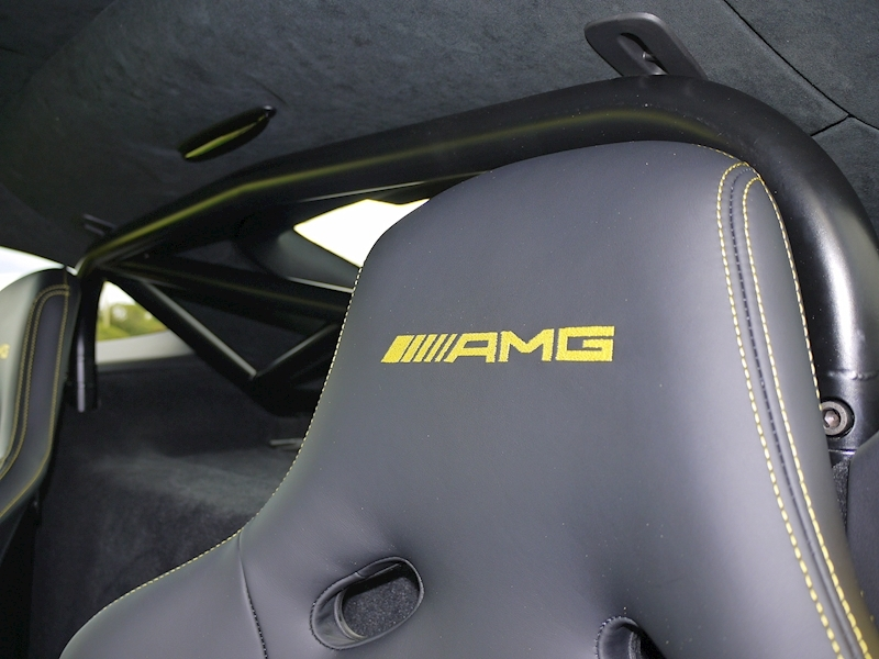 Mercedes-Benz AMG GT R (Premium) 4.0 Coupe - Large 9