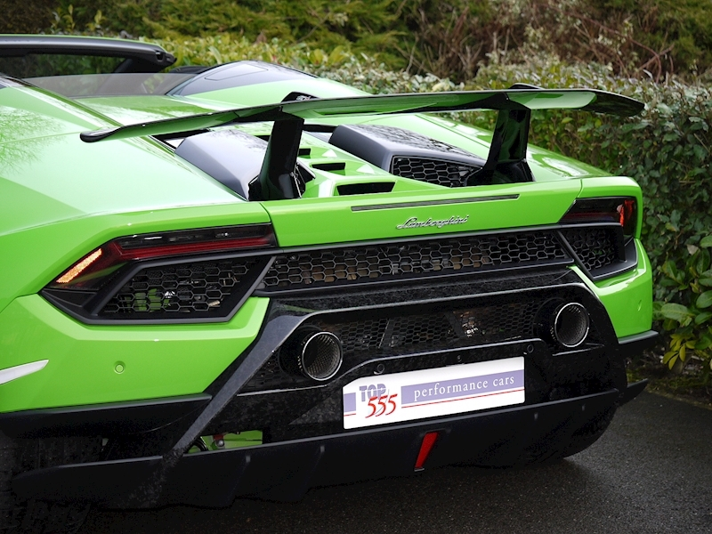 Lamborghini Huracan LP 640-4 Performante Spyder - Large 3