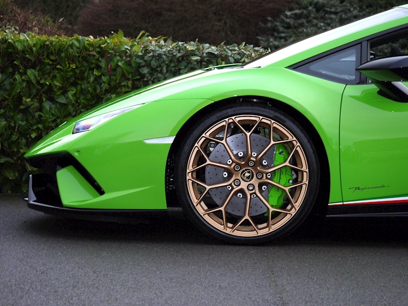 Lamborghini Huracan LP 640-4 Performante Spyder - Large 10
