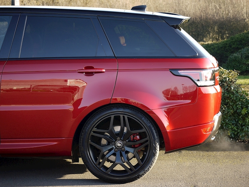 Land Rover Range Rover Sport 3.0 SDV6 HSE Dynamic - Stealth Pack - Large 4