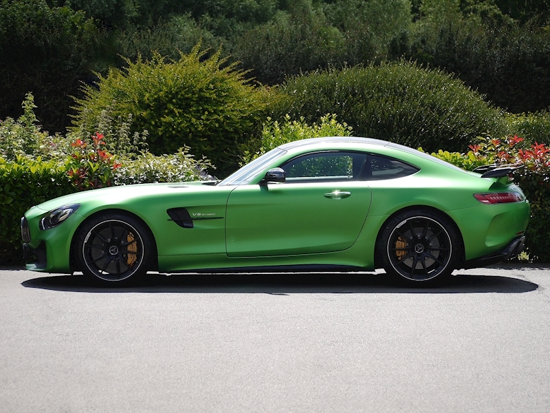 Mercedes-Benz AMG GT R (Premium) 4.0 Coupe - Large 2