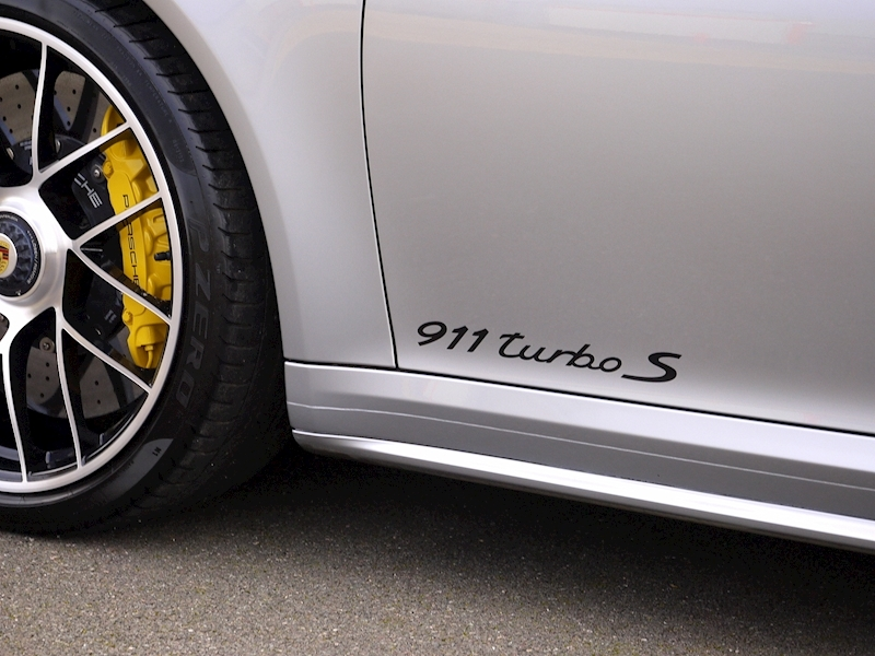 Porsche 911 (991.2) Turbo S Coupe 3.8 PDK - Large 11